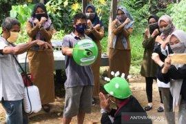 Sosialisasikan cegah COVID-19, PPM Sungai Raya Selatan gunakan kostum Coway