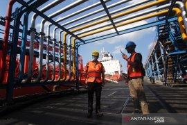 Neraca perdagangan Riau surplus 5,36 miliar dolar pada semester I 2020