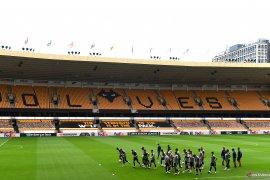Langgar aturan finansial, Wolverhampton disanksi UEFA