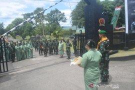 Penuh haru Iringi pelepasan Letkol Inf Rooy Chandra Sihombing