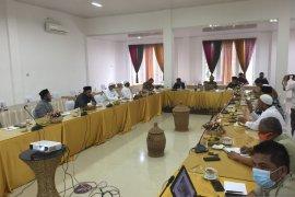 Aceh Besar imbau seluruh meunasah baca Qunut Nazilah saat shalat wajib