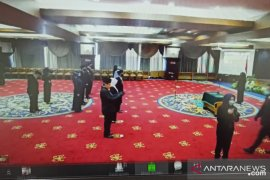 Gubernur Isran Noor lantik 15 pejabat struktural  di lingkup Pemprov Kaltim