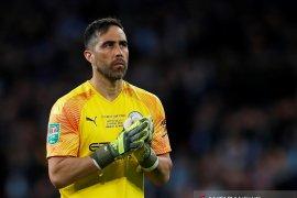 Real Betis akan rekrut Claudio Bravo dari Manchester City