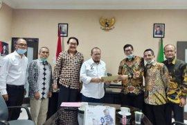 Ketua DPD RI siap laporkan berbagai masalah kepelabuhanan di Tanjung Perak