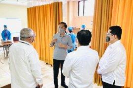 Presiden Jokowi saksikan  uji coba vaksin COVID-19 kepada 1.620 relawan