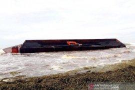 DLHK Aceh selidiki tumpahan ratusan ton batu bara di laut Nagan Raya