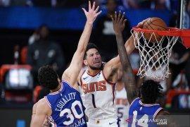 Tundukan Philadelphia 76ers  130-117,  Suns lanjutkan tren sempurna sejak restart NBA