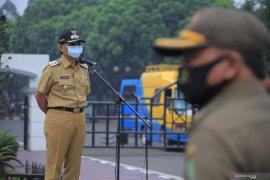 Pemkot Tangerang lakukan penyemprotan disinfektan pada titik keramaian