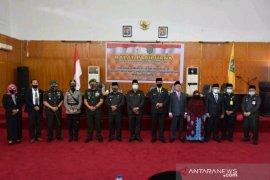 Wali Kota Padangsidimpuan hadiri pelantikan PAW Anggota DPRD