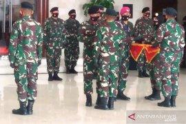 Panglima TNI berikan penghargaan kepada Satgas Pamtas RI-PNG