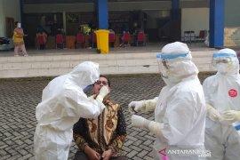 Data kasus positif COVID-19 di Indonesia 3.267 orang, sembuh 3.492 orang