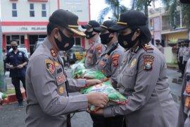 Polres Ternate salurkan 10 ton beras bantuan Mabes Polri