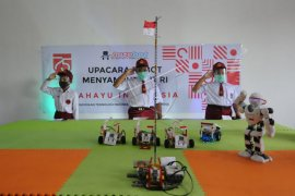 Robot ikut menyambut HUT Kemerdekaan RI