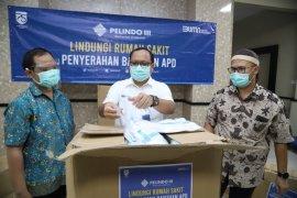 Pelindo III bantu 12 ribu hazmat tujuh rumah sakit di Jatim