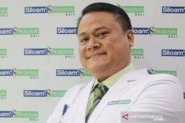 Siloam Hospitals Denpasar bahas demam pada anak saat pandemi COVID-19 lewat webinar