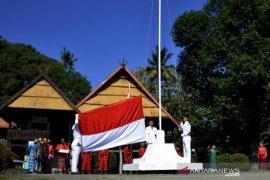 Perayaan HUR RI kerajaan Bajeng Gowa Page 2 Small