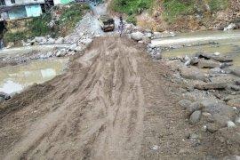 DPUPR Banten sebut ruas jembatan Muhara kembali bisa dilintasi