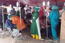 50 santri dirujuk ke RS Kota Bengkulu, diduga keracunan makanan