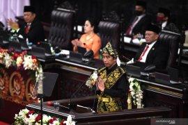 Indonesia harus bajak momentum krisis dan melakukan lompatan besar,  tegas Presiden Jokowi