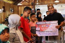 Merah Putih Bersama Pemkab Aceh Barat dan PUPR, bagikan 251 paket sembako