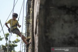 Pemanjat tebing anak di Yogyakarta bakal kibarkan Merah Putih raksasa