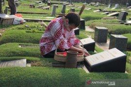 Berziarah ke Makam Soemitro Djojohadikusumo-Dora Sigar, Saraswati: Sekaligus Persiapan Mental Menuju Pilkada