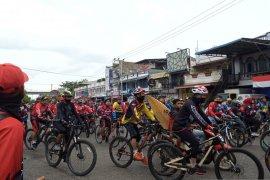 Gowes Siti Nurbaya Adventure 2020 di Padang, pesepeda tumpah ruah berjumlah 5.000-an orang