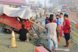 Pemprov Kaltim segera benahi jalan longsor poros Balikpapan- Samarinda