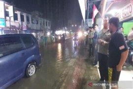 Jalan protokol sering banjir, Bupati Madina usul pengalihan status jalan