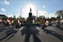 Komunitas Sepeda Tua Indonesia pawai HUT Kemerdekaan