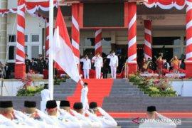 Walikota Pangkalpinang pimpin langsung upacara pengibaran bendera merah putih