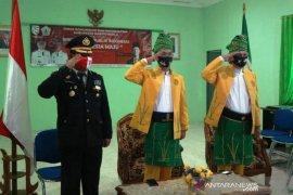 Wabup-Sekda ikuti upacara kenakan pakaian adat