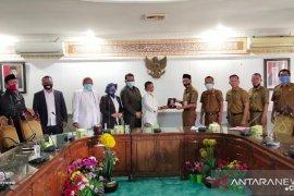 Warga Keluhkan Tower, DPRD Kabupaten Tangerang Kunjungi Pemkab Serang
