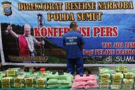 Penggerebekan tiga rumah di Deli Serdang, polisi amankan 42 kg sabu-sabu