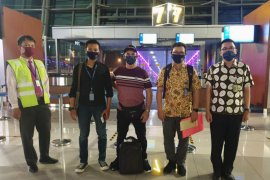 Imigrasi Denpasar deportasi turis Prancis langgar izin tinggal