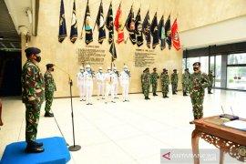 Kasal lantik Laksma TNI Edwin sebagai Komandan Puspenerbal