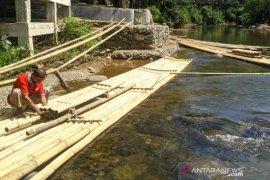 Sempat ditutup, objek wisata bamboo rafting Loksado kembali dibuka