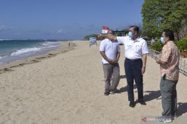 Menko Luhut: Wisatawan mancanegara belum bisa tahun ini (video)