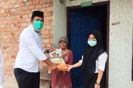 PTPN VI bantu sembako kepada warga
