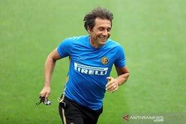 Antonio Conte akan tetap melatih Inter Milan