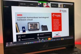 Telkomsel Pamasuka beri bantuan paket data dan CLoudX di 7 provinsi