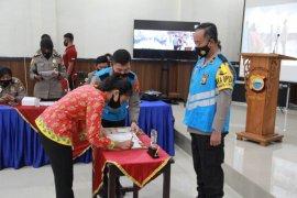 Wakapolda Malut pimpin tandatangan pakta integritas terima bintara Polri