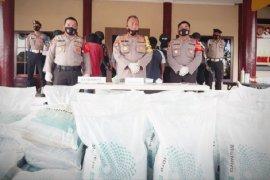 2 sopir dan 1 buruh angkut diamankan, bawa puluhan karung pupuk tanpa dokumen