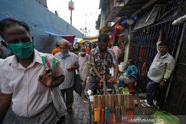 India catat lonjakan, lampaui 4 juta kasus virus corona