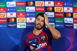 Pirlo hentikan proses transfer Suarez ke Juventus
