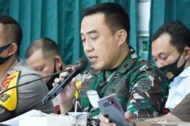 Prajurit TNI awasi penerapan protokol kesehatan di objek wisata Garut