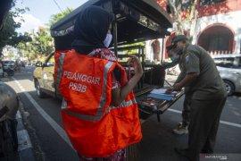 Di Jakarta denda pelanggar PSBB transisi fase kelima  capai Rp4 miliar