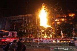 Komisi III minta  Kejagung - Polri bentuk Timsus ungkap insiden kebakaran