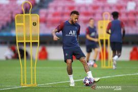 Neymar dikabarkan pemain PSG yang positif virus corona