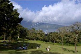Wisata kebun raya Bali